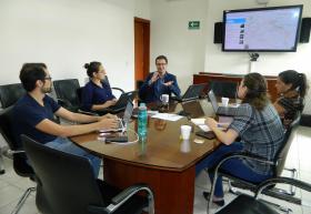 Académicos de UDGVirtual e Iteso reunidos para planear laboratorios digitales
