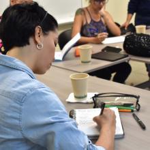 Este taller es más literario pero la materia prima son las historias de vida de las asistentes