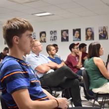 Participantes de la charla