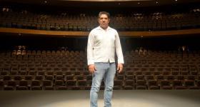 Daniel Miranda, en el escenario del Teatro del INBAL