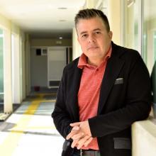 Carlos Fernando Velázquez, en las instalaciones de UDGVirtual