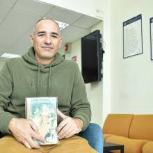 Escritor cubano José Miguel Gómez Cruz, autor del libro