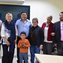 Doctor Humberto Trejo Catalán con académicos de UDGVirtual.