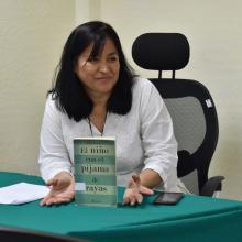 Lourdes Gamboa, quien coordina el Círculo de Lectura Xook