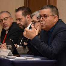 Presentadores de libro en el Encuentro Internacional de Educación a Distancia